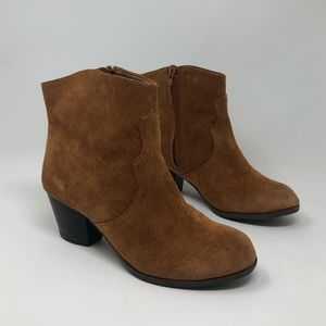 Lucky Brand | Size 6 Ankle Bootie Suede Leather